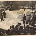 Oktrivanje spomenika žrtvama Banjičkog logora 15.11.1969.